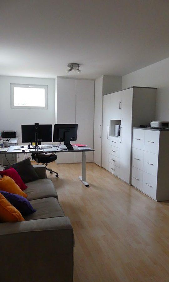 aménagement d'un espace bureau dans un salon